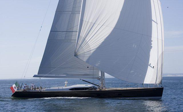 Farandwide charter yacht interior designed by Nauta Yachts