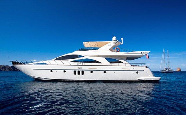 Tranquilita yacht charter Azimut Motor Yacht