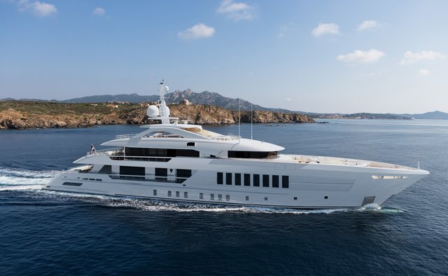 Solemates charter yacht interior designed by Bannenberg & Rowell