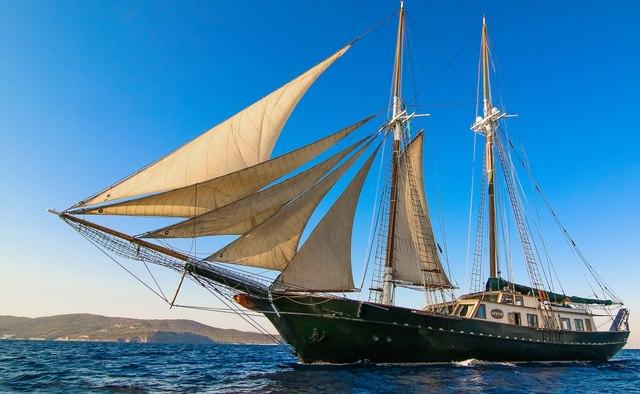 Arktos Yacht Charter in Crete