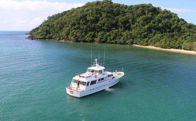 Bahama yacht charter Lloyds Ships Motor Yacht