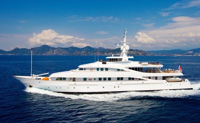 Lou Spirit Yacht Charter in Positano