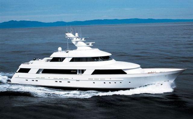 CV-9 yacht charter Delta Marine Motor Yacht