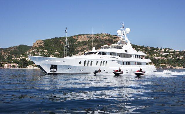 Talisman Maiton yacht charter Turquoise Motor Yacht