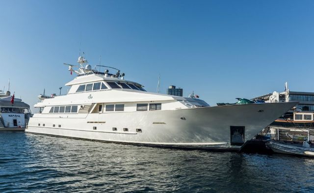 S & U charter yacht exterior designed by Broward