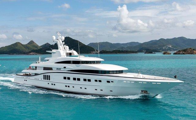 Secret Yacht Charter in St Tropez