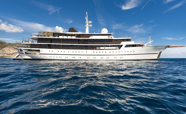 Chakra yacht charter Scheepswerf Gebr. van der Werf Motor Yacht