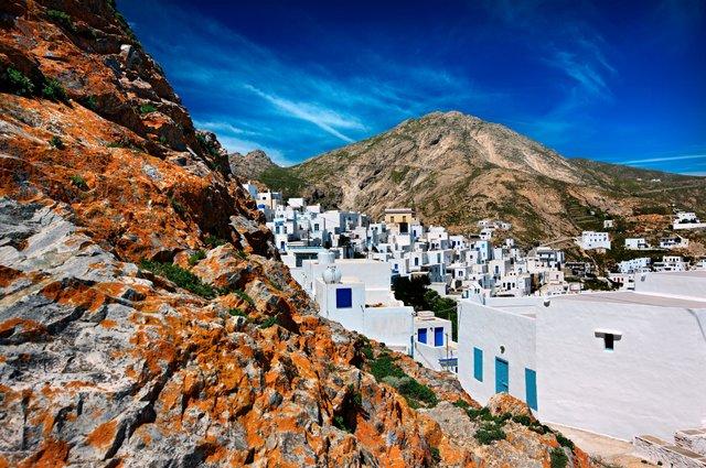 Explore the landscape of Serifos