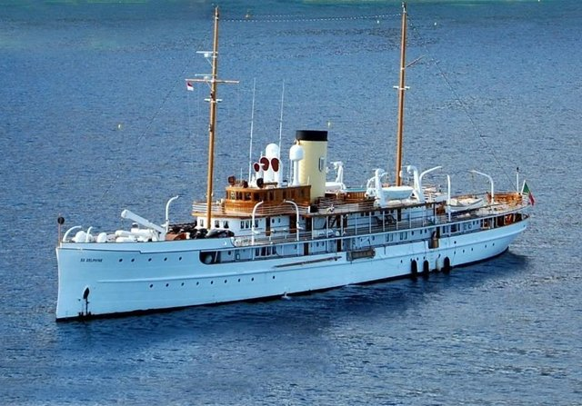 SS Delphine Yacht Video