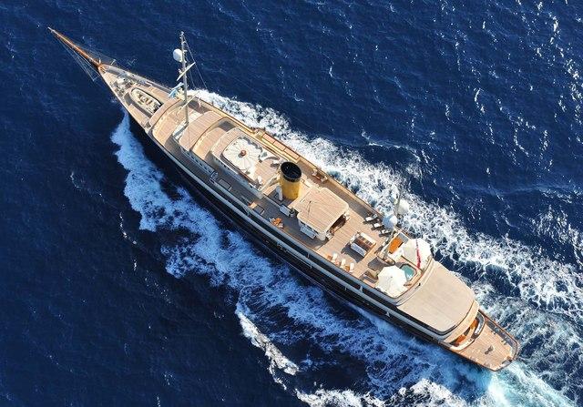 Nero Yacht Video