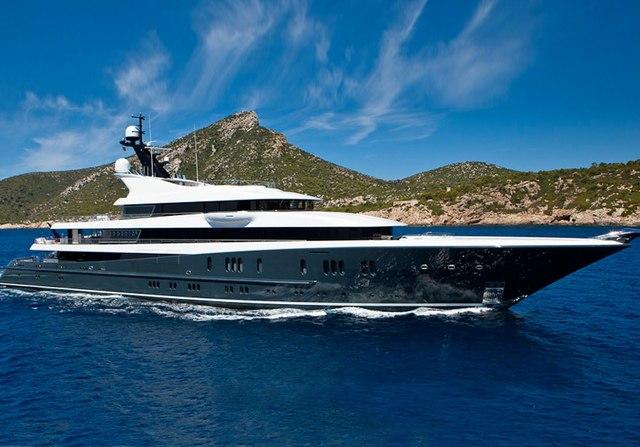Phoenix 2 Yacht Video