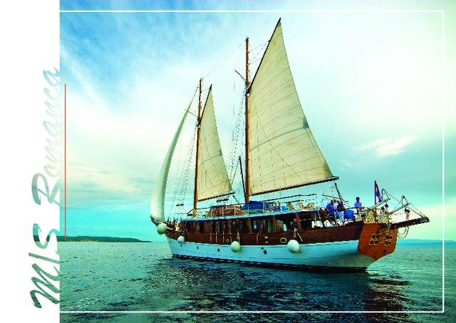 Download Romanca yacht brochure(PDF)