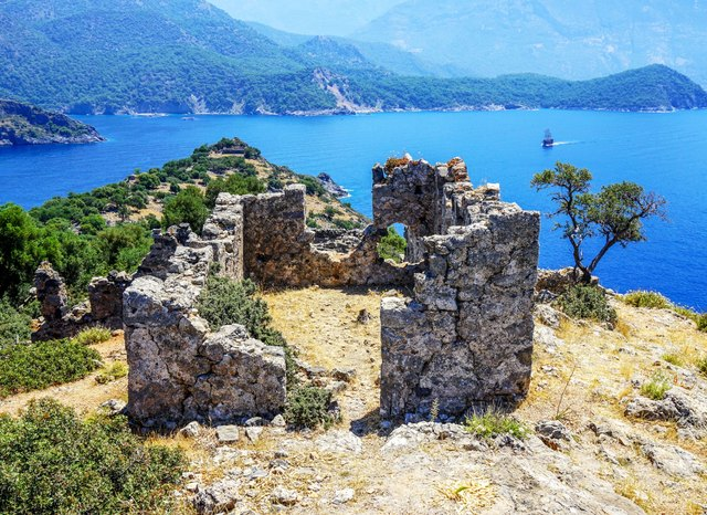 5 secret islands to discover while chartering a luxury yacht in Turkey