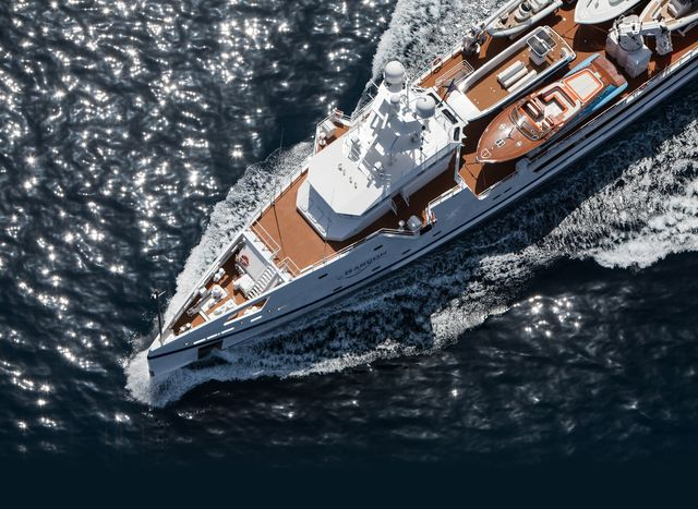 9 Benefits of Chartering a Yacht Support Vessel