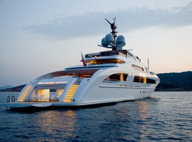 Luxury yacht ILLUSION