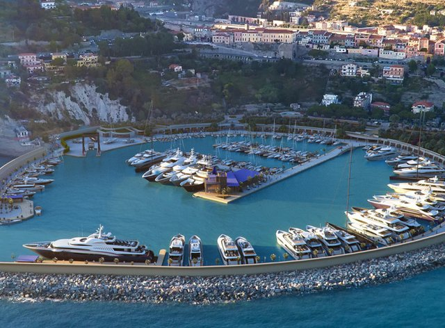Brand new superyacht marina close to Monaco opens its doors