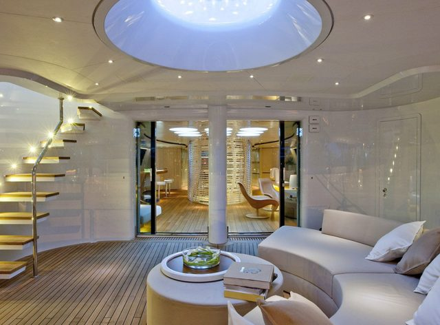 sailing yacht panthalassa al fresco living set-up