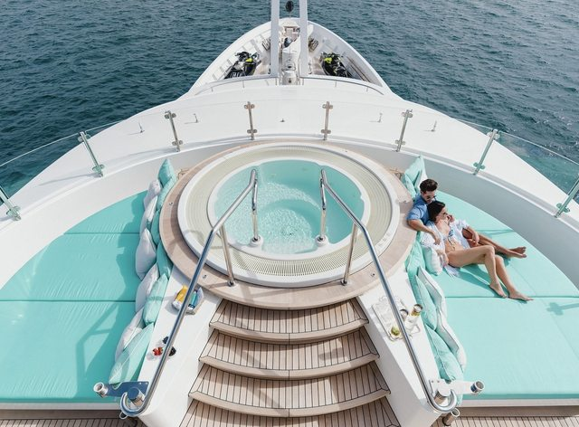 Charter guests on board luxury yacht Ramble On Rose