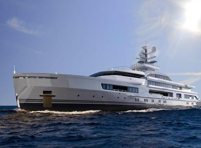 M/Y CLOUDBREAK Prepares For Expedition