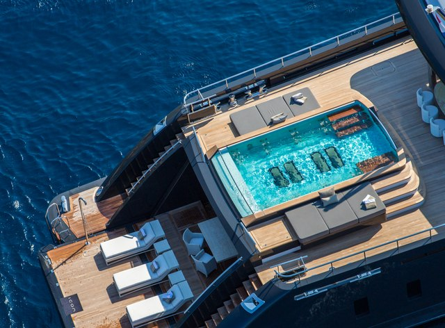 M/Y ICON to charter in the Seychelles this winter