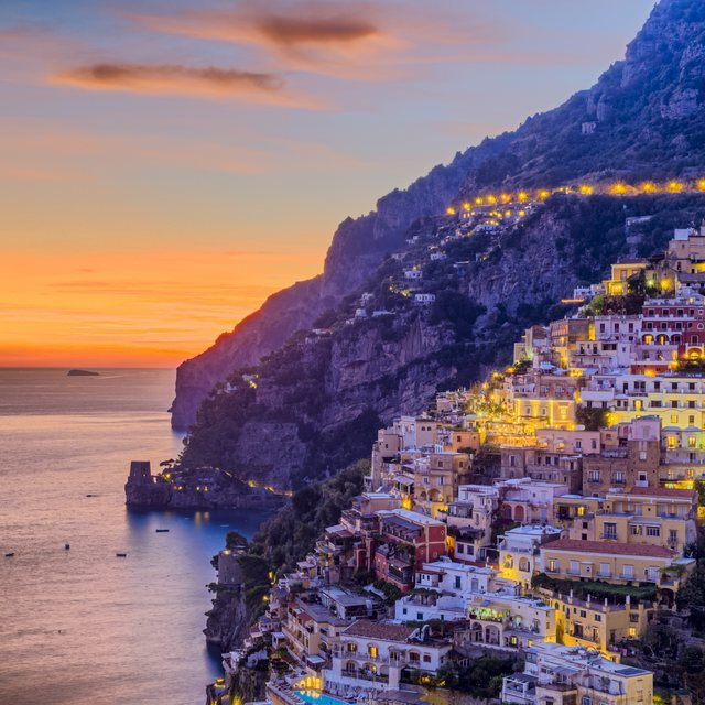 Round off in the glamour of Positano