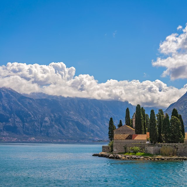 See the most iconic sights of Montenegro