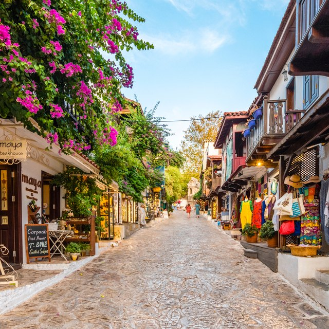 Explore the Vibrant Town of Kas