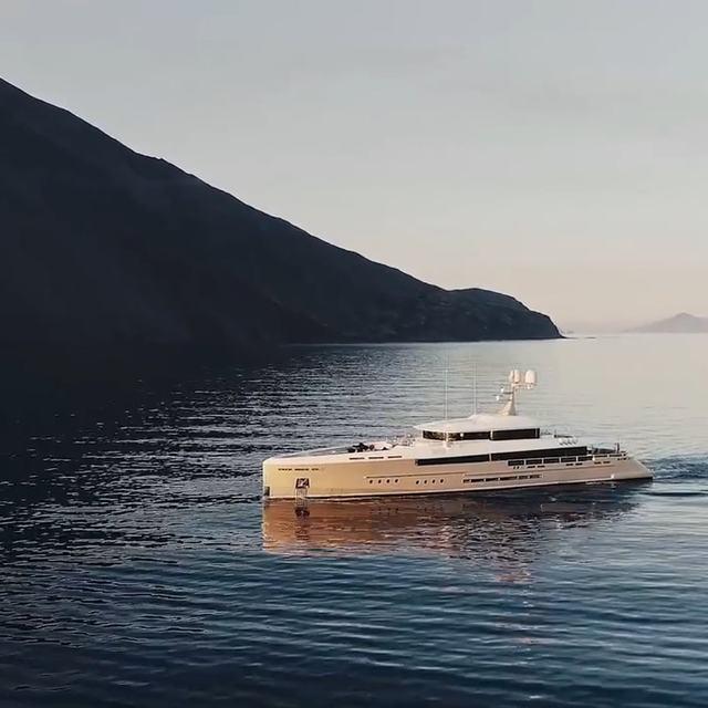 Endeavour 2 Yacht Video