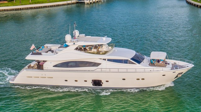 Cinque Mare Charter Yacht