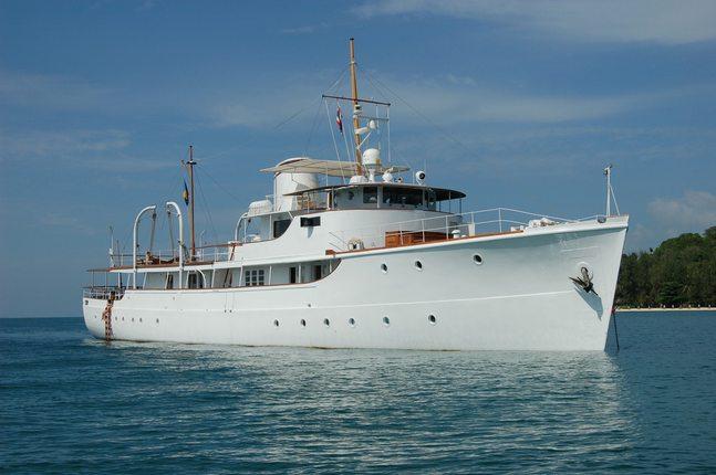 Calisto Charter Yacht