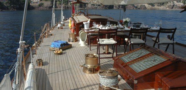 Shamrock V Charter Yacht - 5