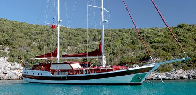 Clarissa Charter Yacht - 2