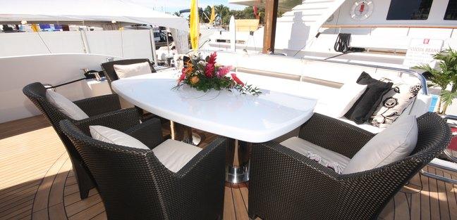 Romantica Charter Yacht - 4