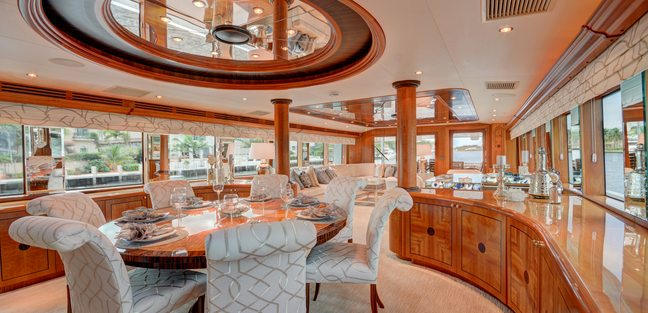 Avanti Charter Yacht - 7