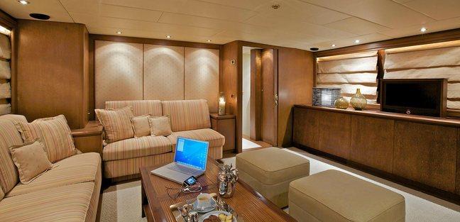 Lady Ellen Charter Yacht - 8