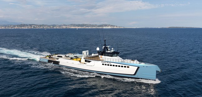 Power Play Charter Yacht - 7
