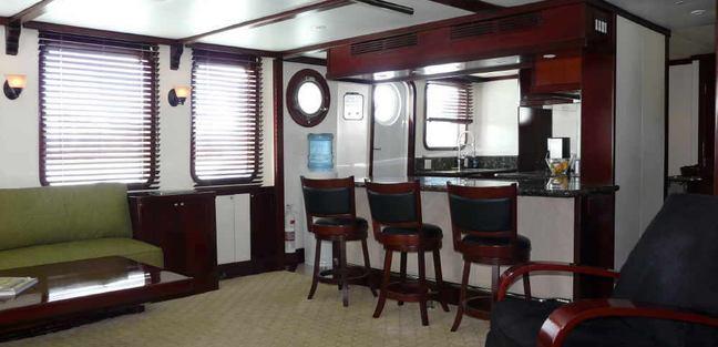 Miss Sarah J Charter Yacht - 5