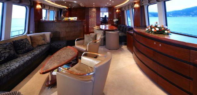 Moon River Charter Yacht - 8