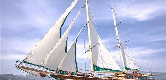 Grande Mare Charter Yacht - 8
