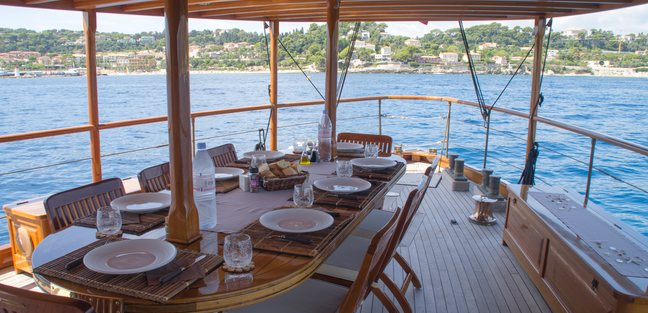 Over The Rainbow Charter Yacht - 4