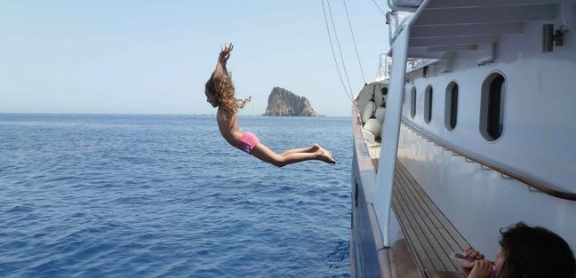 Drenec Charter Yacht - 2
