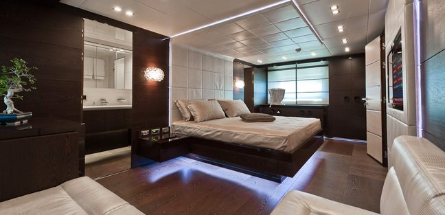 Five Waves Charter Yacht - 8
