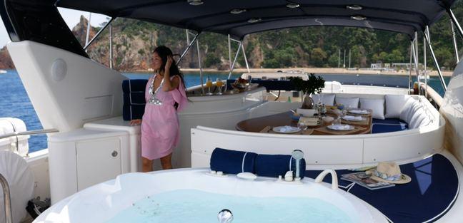 Lady Amanda Charter Yacht - 3