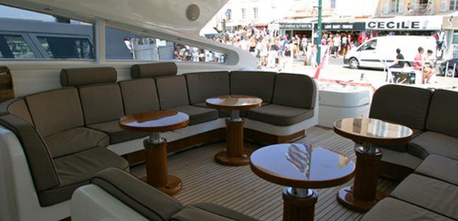 Disco Volante Charter Yacht - 4