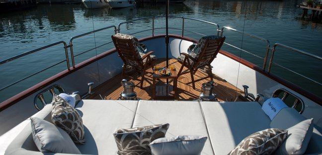 Tail Lights Charter Yacht - 3