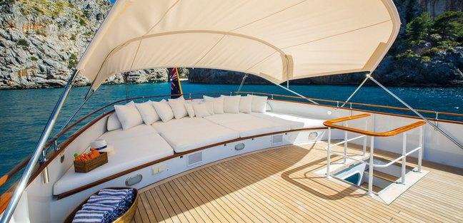 Heavenly Daze Charter Yacht - 3