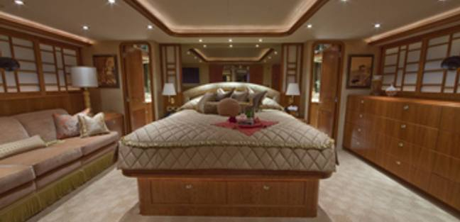 Alicia Charter Yacht - 8