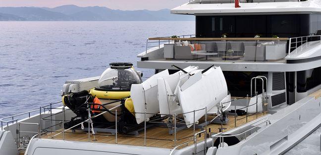 X Charter Yacht - 4