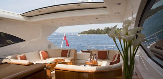 Outside Edge IV Charter Yacht - 8