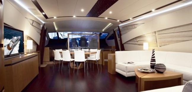La Datcha Charter Yacht - 3